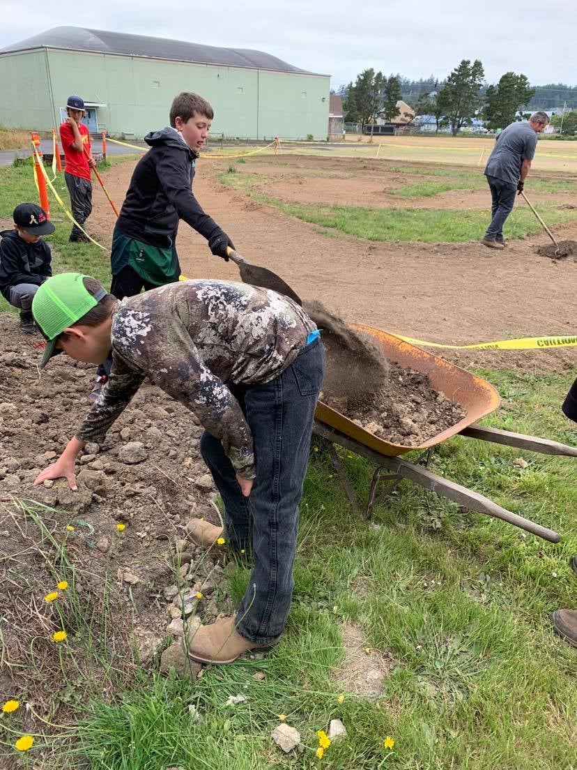 RC Car Club Youth Helping to Build RC Track!