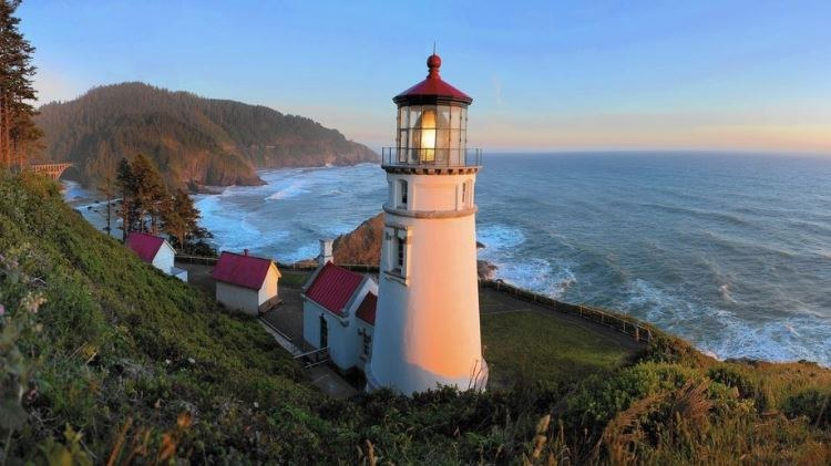 Heceta Head Lighthouse Image.JPG